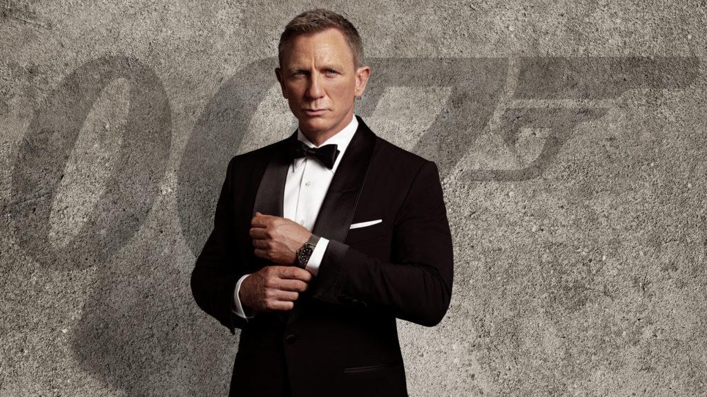Daniel Craig hoá thân thành James Bond trong No Time to Die